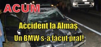 Accident la Almaș. Un BMW s-a făcut praf!