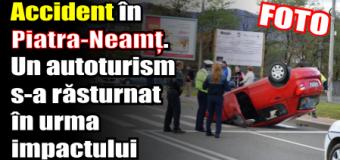 Accident în Piatra-Neamț. Un autoturism s-a răsturnat în urma impactului